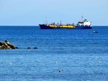топливозаправщик грузового корабля Стоковое Фото