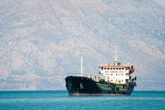 топливозаправщик моря шлюпки стоковая фотография rf