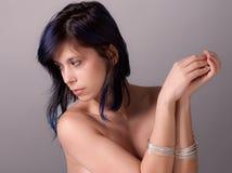 Топлесс женщина с браслетами Стоковые Изображения RF
