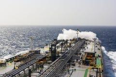 Топливозаправщик в открытом океане Стоковая Фотография