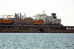 Топливозаправщик метана набережной, который нужно discharge Стоковое Изображение