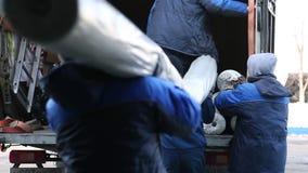 Торговое складирование и грузить крены сетки для торцовки дороги сток-видео