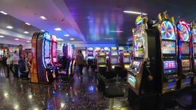 Торговые автоматы на международном аэропорте Лас-Вегас - США 2017 McCarran акции видеоматериалы