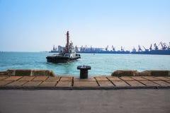 Торговый сосуд доставки порта Стоковое Изображение