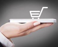 Торговля электроники онлайн стоковые изображения