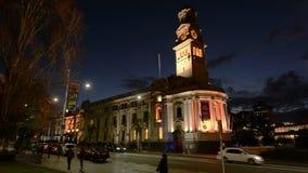 Торгуйте вне ратуши Окленда на улице ферзя в Окленде Новой Зеландии акции видеоматериалы