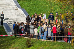 Торжества в честь годовщины высвобождения от нацистских оккупантов в мемориале в деревне Ilinskoe в reg Kaluga Стоковые Изображения