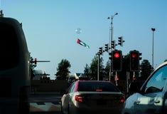 Торжество Дубай национальный праздник Объединенных эмиратов с несколькими деятельностей при фестиваля как летать много воздушных  стоковое изображение rf