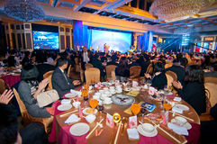 Торжество китайского Новый Год приходит для обедающего стоковые изображения rf