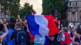Торжество победы чашки 2018 Франции в мире Они чемпионы стоковое фото rf