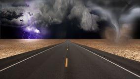 торнадо дороги ландшафта воронки пустыни Стоковые Изображения RF