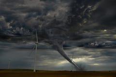 Торнадо спуская на ферму ветрянки Стоковые Изображения