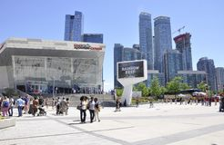Торонто, 24-ое июня: Здание аквариума ` s Ripley от Торонто в провинции Канаде Онтарио Стоковое фото RF