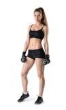 Торс фитнеса выреза модельный показывая стоит смотрящ сразу на камере Стоковые Изображения RF