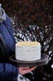 Торт блинчика с сметаной, бананом и гайками Стоковая Фотография