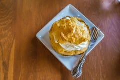 Торт в чашке Стоковые Фотографии RF