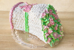 Торт губки в форме букета цветков стоковое фото