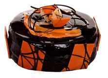Торт изолированный на белой предпосылке Торт с шоколадом, плодоовощ и сливк Стоковые Изображения RF