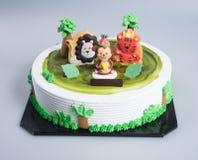 торт или торт творческих животных тематический на предпосылке Стоковое Фото