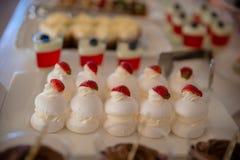 Торт и печенья Стоковые Фото