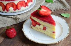 Торт клубники, торт Fraisier стоковые изображения rf