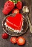 Торт клубники в форме сердца Стоковые Фото