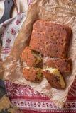 Торт манной крупы с изюминками Стоковые Изображения