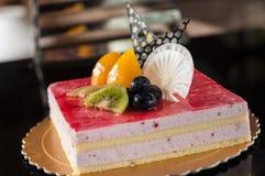 Торт мусса клубники стоковое фото
