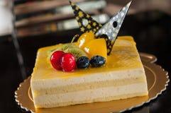 Торт мусса манго стоковая фотография rf