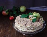 Торт Наполеона с яблоками Стоковые Изображения RF