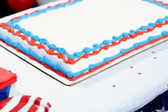 Торт на таблице на ралли избрания Стоковые Изображения