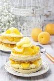 Торт персика слоя Стоковое Фото