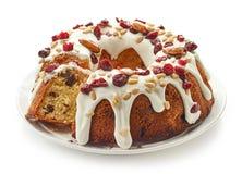 Торт плодоовощ на белой плите Стоковое Изображение