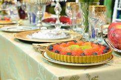 Торт плодоовощ тарелки Стоковые Фотографии RF