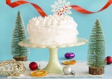 Торт рождества со снежинкой стоковые фотографии rf