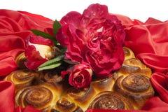 Торт роз на день матери Стоковые Фотографии RF