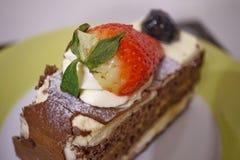 Торт сельвы от valerie patisserie Стоковые Фото