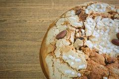 Торт с высушенными плодоовощами и гайкой миндалины Стоковая Фотография