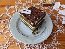 Торт сливк крапивы шоколада стоковое изображение