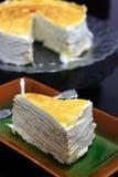 Торт слоя crepe дуриана Стоковые Фото