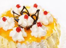 Торт с померанцовыми студнем и вишнями Стоковые Фотографии RF