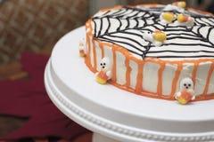 Торт хеллоуина с веб-дизайном Стоковое Изображение RF