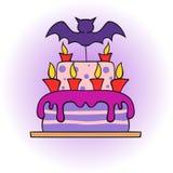 Торт хеллоуина с летучей мышью и свечами Стоковые Изображения RF