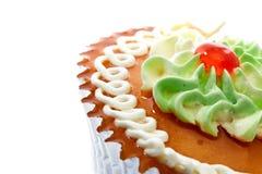 Торт чашки изолированный на белизне Стоковая Фотография