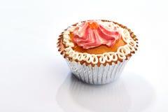 Торт чашки изолированный на белизне Стоковые Изображения