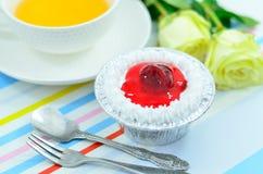Торт чашки клубники Стоковые Изображения