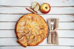 торт яблока покрыл ломтики студня Стоковое Фото