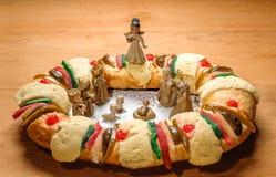 Торт явления божества, короля испечет, или rosca de reyes Стоковое Изображение RF