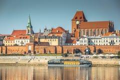 Торун, Польш-сентябрь 11,2016: старый городок Торуна на банке Vist Стоковые Изображения