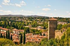 Тосканский ландшафт на день лета солнечный Стоковая Фотография RF